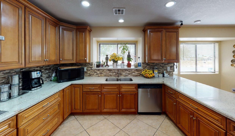 3045-S-Monte-Cristo-Way-Kitchen