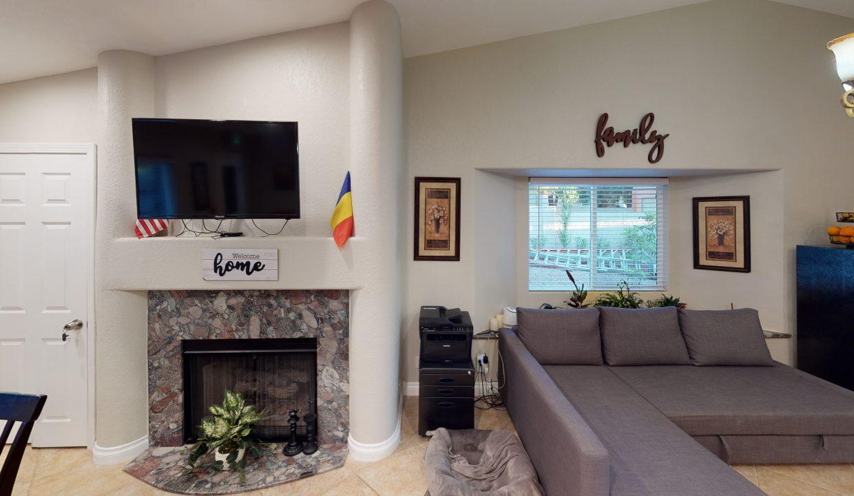 Sandy-Living-Room