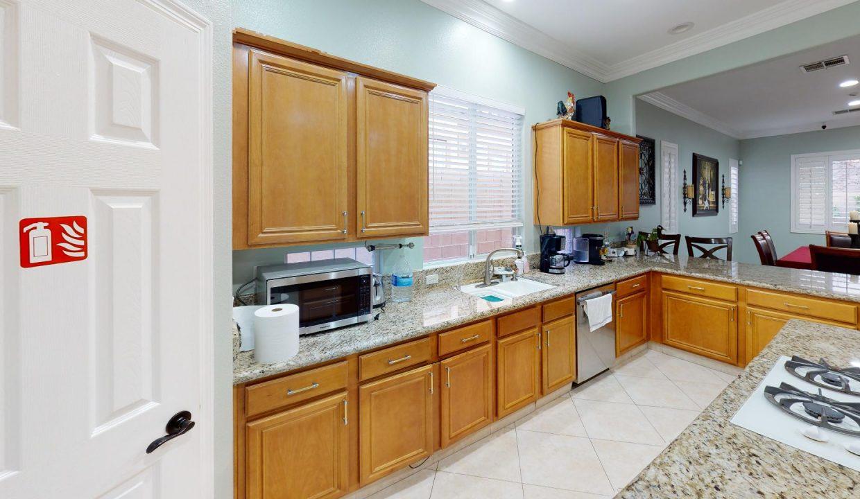 Summerlin-Senior-Living-Kitchen